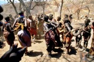 iteso-people-dancing