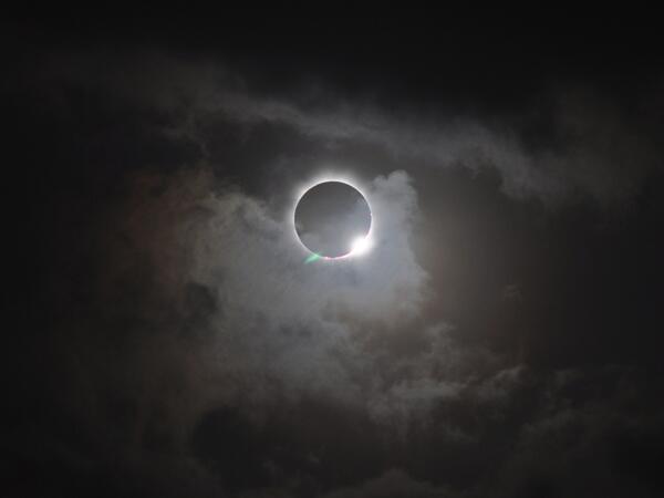 solar_eclipse_smsmedia