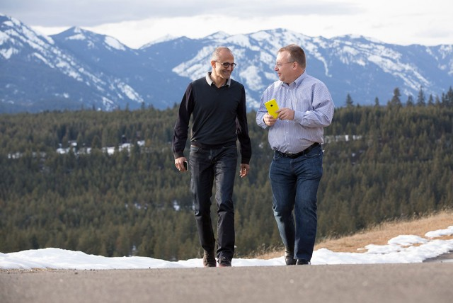 microsoft-ceo-satya-nadella-and-stephen-elop-of-nokia-640x428