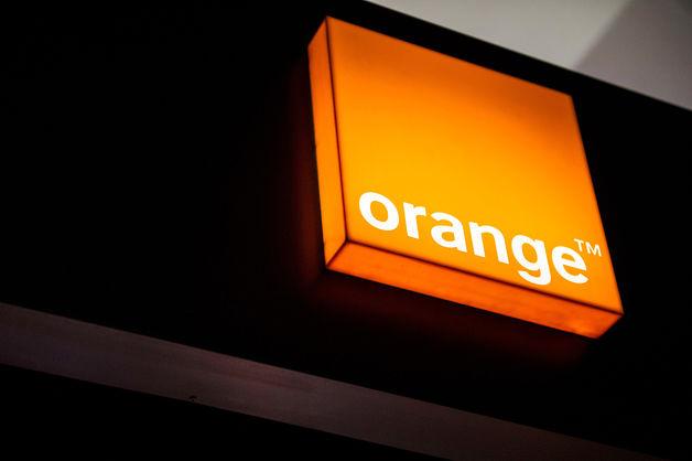 orange_neon_sign