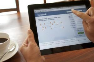 facebook-ipad-coffee