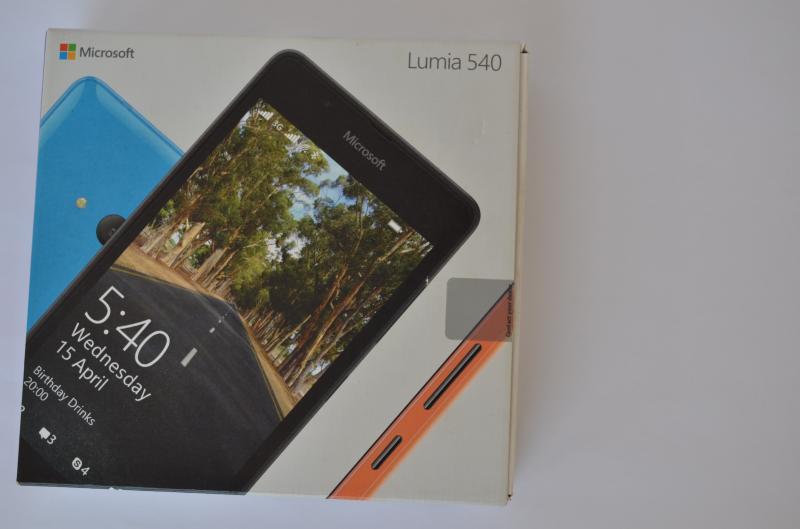 Lumia_540_box
