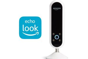 Amazon introduces Echo Look, A smart hands-free camera that will check your Style and Fashion
