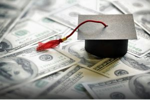 Which student bank account should you open before graduation?