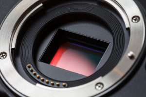 Tips on how to keep your DSLR camera sensor clean and dust free