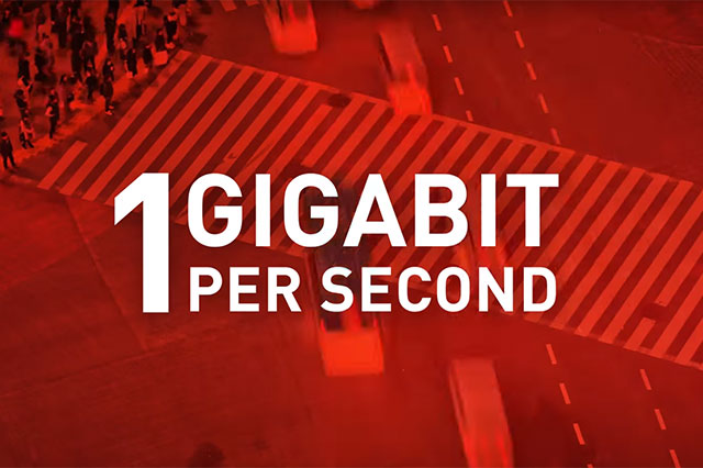 Gigabit LTE smartphones