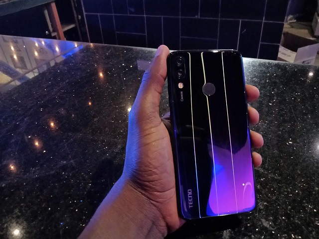 TECNO Camon 11 Pro Review: Pro AI Clear selfies for a Lite