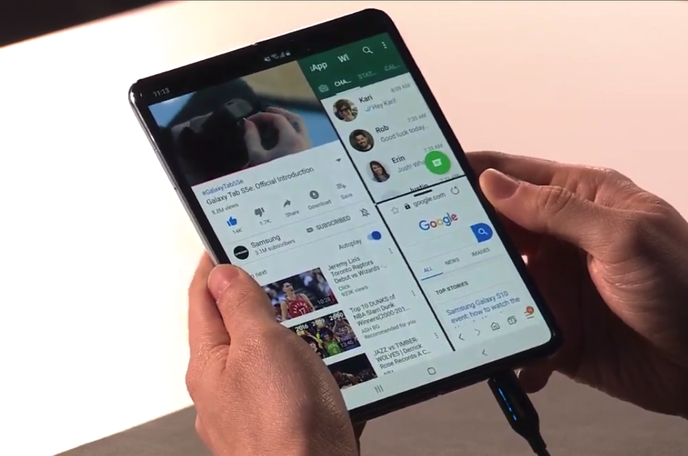 Multi-tasking on the Galaxy Fold | Image source: Whistle Out
